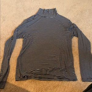 Striped Abercrombie & Fitch Turtleneck
